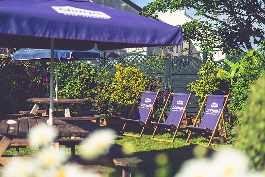 Cornwall Beer Garden Deck Chairs The Commercial Hotel St Just Nr Penzance